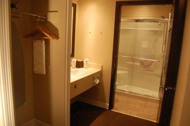 carleton-place-accommodations_DSC_0538