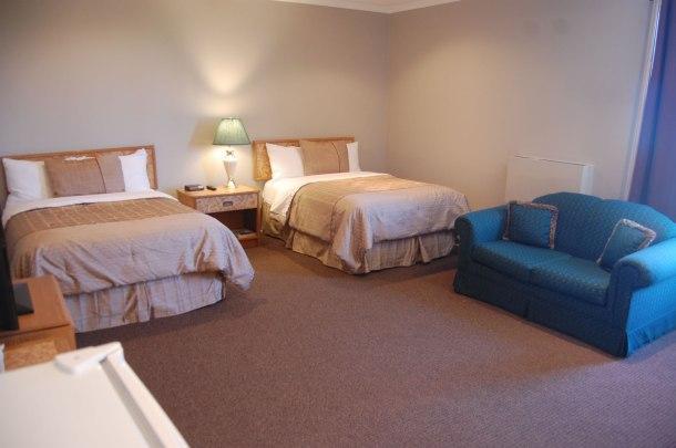carleton-place-accommodations_DSC_0584